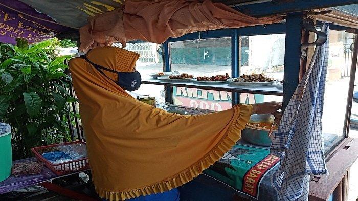 Kenaikan Harga Cabai Berdampak Penjualan Nasi di Padang, Laura : Porsi Sambal Dikurangi