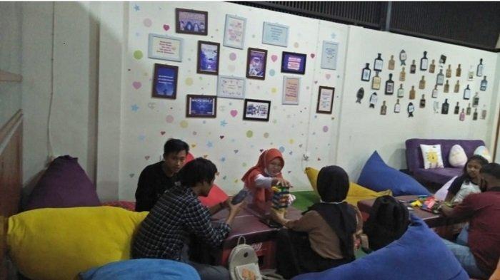 Boardgame Lounge Cafe Padang Hadirkan Paket 'PSBB', Gratis Dinsum Yum, Semua Menu Rp 17 Ribu