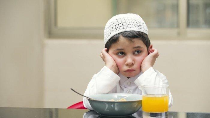 Cara Mengajarkan Puasa pada Anak Usia Dini di Bulan Ramadhan, Ini 9 Tips Kreatif Buat Orang Tua