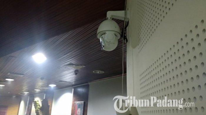 KRONOLOGI Ibu Guru di Padang Dirampok, Polisi Cari Rekaman CCTV dan Jejak Pelaku Giring Korban