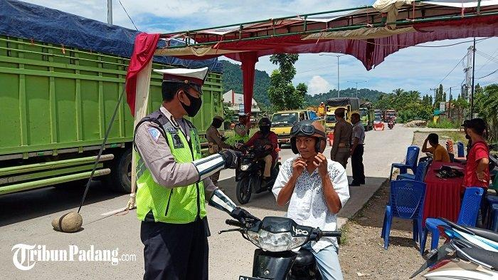 PSBB Hari Ke-8, Kadishub Kota Padang : Masih Ada Pengguna Jalan yang Lupa Pakai Masker