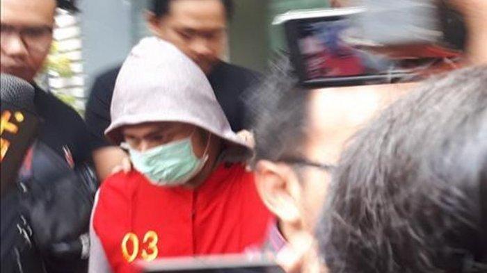 Resmi Ditahan Jumat 12 Juli 2019, Ada Penampakan Galih Cs Dibalut Rompi Tahanan