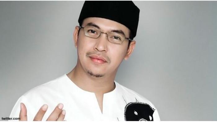 DOWNLOAD MP3 Takbiran Idul Adha 2020 Ustadz Jefri Al Buchori (UJE) hingga H Aswan Faisal