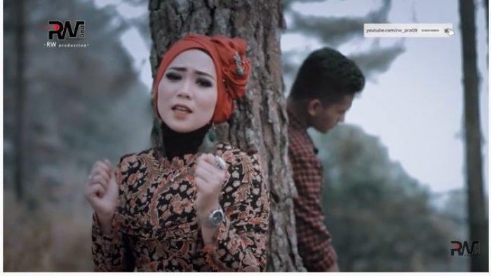 Lirik dan Chord Lagu Takabek Gadih Rantau, Fauzana: Samanjak Kasiah Denai, Pai Marantau