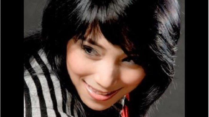 Chord Kunci Gitar Rela - Inka Christie, Lirik Lagu: Demi Cinta yang Menyala