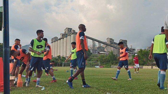Semen Padang FC Akan Kembali Diperkuat Dany Karl Max dan Rendy Oscario, Main di Putaran Kedua?