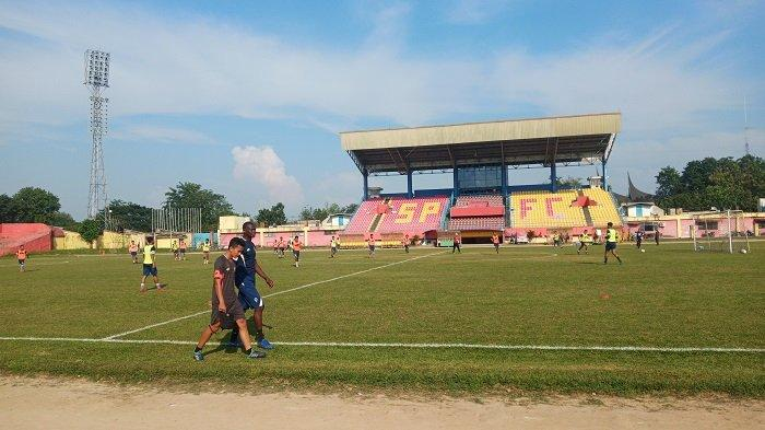 Pelatih Barito Putera Djadjang Nurdjaman Waspadai Karl Max Barthelemy Saat Hadapi Semen Padang FC