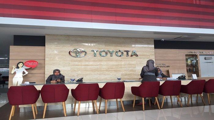 TRIBUNWIKI : Dealer Mobil yang Berada di Sepanjang Jalan Khatib Sulaiman Kota Padang