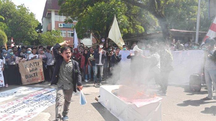 Hasil Pertemuan Rektor dan Mahasiswa Universitas Bung Hatta Padang Seusai Aksi Demo, Dikaji Sepekan