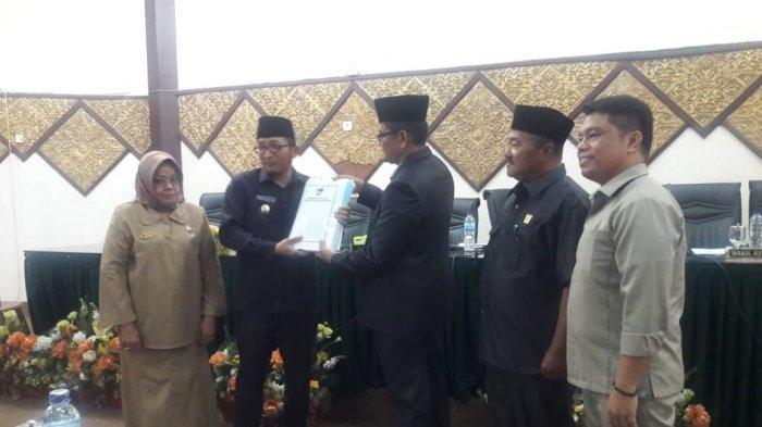 DPRD dan Pemkot Padang Terbitkan 12 Perda Sepanjang Tahun 2019