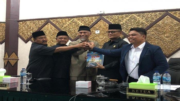 DPRD Padang Gelar Paripurna LKPJ Tahun 2019, Sempat Diwarnai Walkout Tiga Fraksi