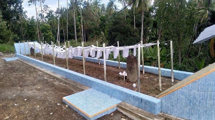 Kondisi makam yang sempat viral berukuran sepanjang 10 meter, sebelum dibongkar di Gunuang Padang Alai, Kabupaten Padang Pariaman, Provinsi Sumbar belum lama ini.