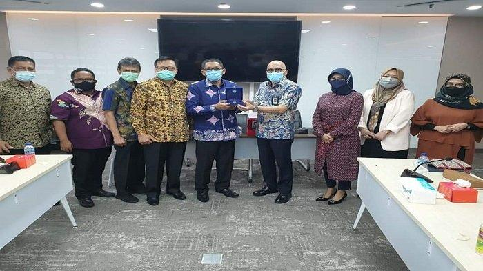 Hari Pertama Kerja Sebagai Wali Kota Padang, Hendri Septa Kunjungi Dua Kementerian, Bahas Progul