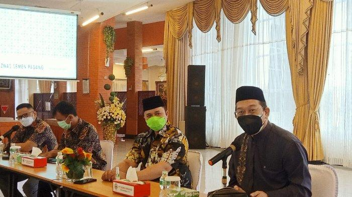 Tim Komite Nasional Ekonomi Keuangan Syariah Kunjungi PT Semen Padang
