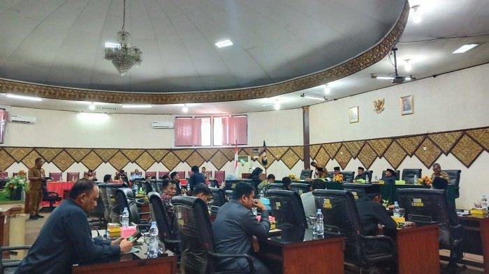 BREAKING NEWS: DPRD Padang Gelar Paripurna Perda Pajak Air Tanah
