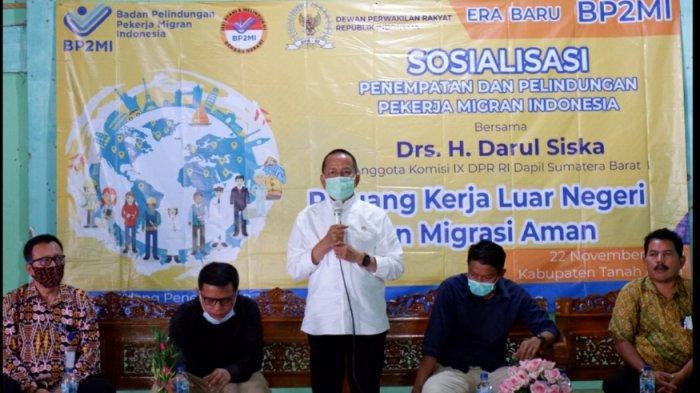 Anggota DPR Darul Siska di Tanah Datar: Negara Wajib Melindungi Pekerja Migran