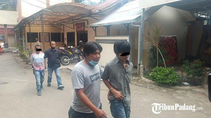 Kawanan Jambret Beraksi dalam Angkot di Padang, Polisi Ringkus Pelaku yang Sempat Kabur