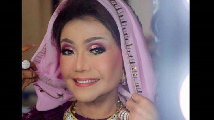 Lirik dan Chord Lagu Minang Kampuang Nan Jauah di Mato Versi Sang Maestro Elly Kasim
