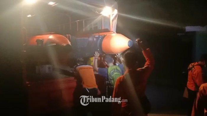 UPDATE Orang Tenggelam di Pasir Jambak Padang: Satu Korban Ditemukan, Lalu Dibawa ke RS Bhayangkara