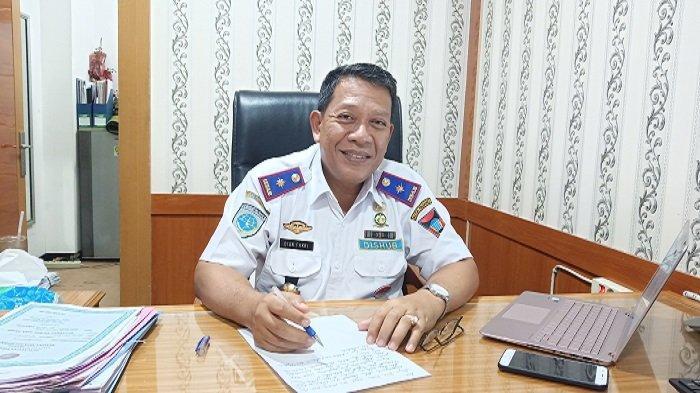 Dishub Padang Tak BisaTindak Kendaraan Parkir di Trotoar, Kepala Dinas Ungkap Alasannya