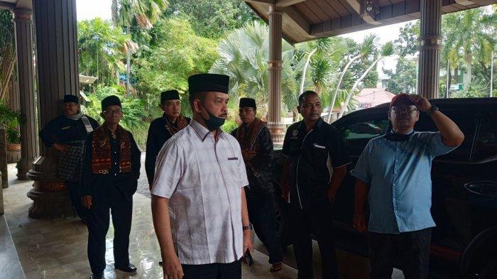 Bersyukur MA Batalkan SKB Tiga Menteri, Fauzi Bahar: Ini Kado dan THR Terbesar untuk Sumbar