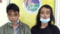 Dua terduga pelaku penyalahgunaan narkoba saat diamankan di Polres Tanah Datar, Kamis (3/6/2021).