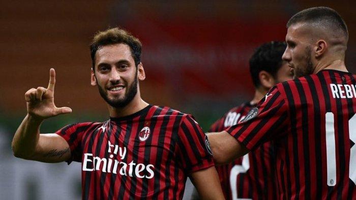 Kontrak Baru Hakan Calhanoglu di AC Milan Bernilai Rp 76 Miliar per Musim, Nyaris 2 Kali Lipat