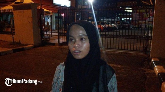 Heboh! Aksi Jambret di Pantai Padang, Putri Korban Sebut Gelang Seberat 12 Emas Milik Ibunya Lenyap