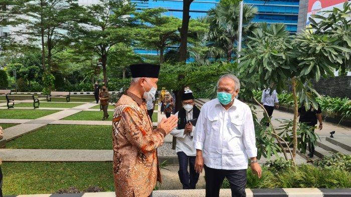 Gubernur Sumatera Barat Mahyeldi temui Menteri PUPR dan mengusulkan percepatan pembangunan infrastruktur
