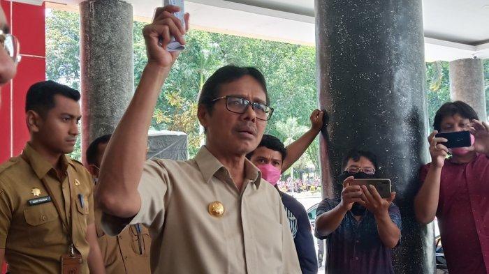 Gubernur Irwan Prayitno Ajak Semua Pihak di Sumbar Bersama-sama Melawan Covid-19