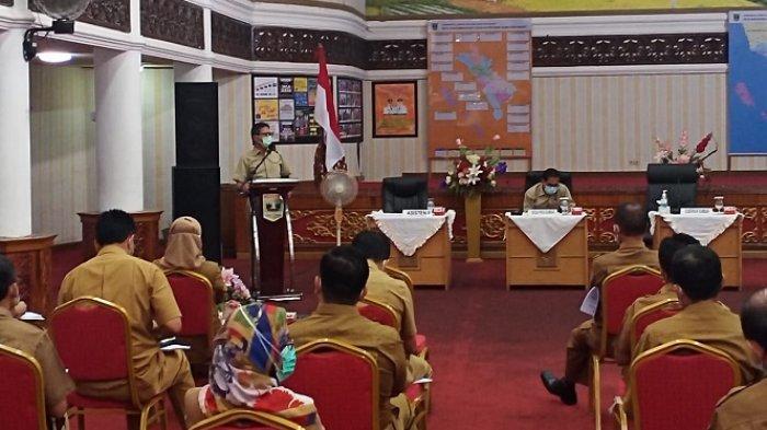 Warning Gubernur Sumbar ke ASN: Tak Pakai Masker, Kenaikan Pangkat Ditunda, Tunjangan Dipotong