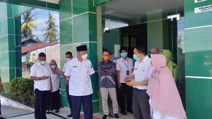 Kunjungi RSUD Pariaman, Gubernur Sumbar Minta Schedule yang Baik untuk Pasien Covid-19