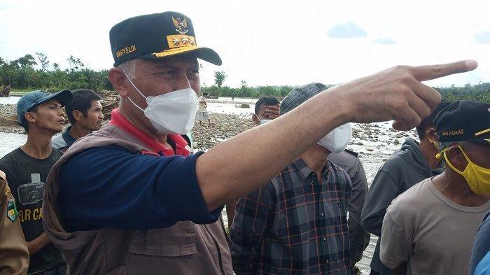 Atasi Banjir, Gubernur Sumbar Mahyeldi: Segera Pasang Bronjong & Geobag di Sungai Batang Tapan