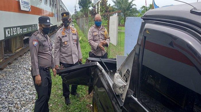 Kronologi Kecelakaan Pikap dan KA Sibinuang di Padang Versi Polisi, Satu Orang Dibawa ke Rumah Sakit