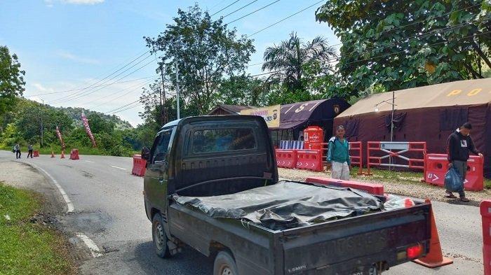 Hari ke 3 Larangan Mudik di Perbatasan Sumbar-Riau 15 Unit Kendaraan Putar Balik