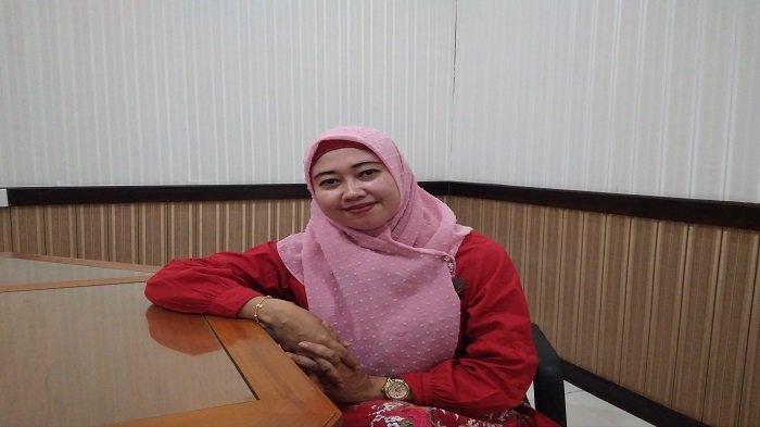 Indah: Setelah Dilantik Hendaknya Anggota DPRD Kota Padang harus Vokal