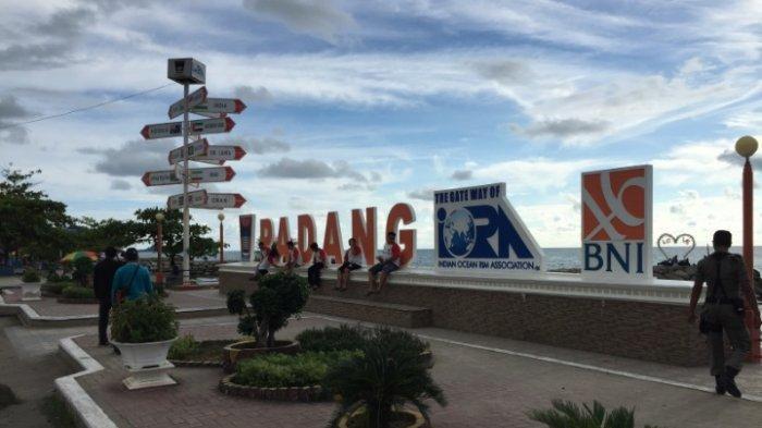 TRIBUNWIKI: Rekomendasi Spot Foto di Destinasi Wisata Kota Padang