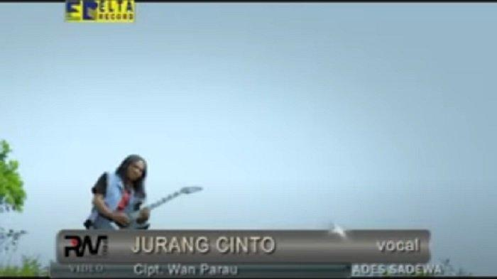 Lirik Lagu Minang Jurang Cinto - Ades Sadewa: Tabantang nyato cinto talarang