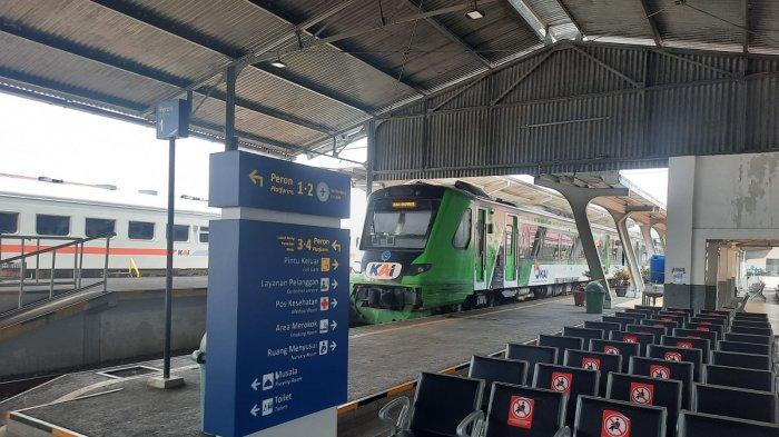 KAI Divre II Sumatra Barat Pastikan Pelanggan Seluruh Kereta Api Wajib Vaksin