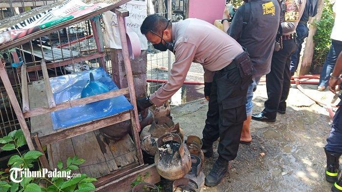 Satu Rumah Terbakar di Kota Padang Masih Diselidiki, Polisi Taksir Kerugian Rp 200 Juta