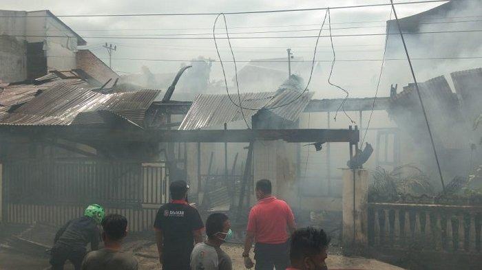 3 Rumah di Komplek Andalas Makmur Padang Terbakar, Polisi: Kerugian Mencapai Rp 300 Juta
