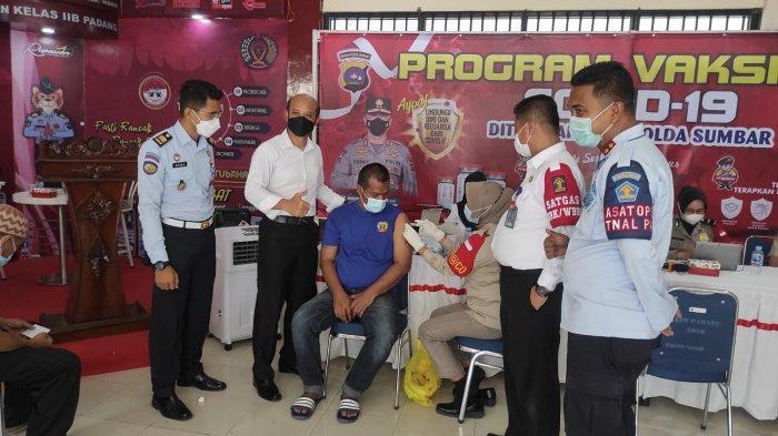 96 Persen Warga Binaan Pemasyarakatan Rutan Padang Sudah Divaksin