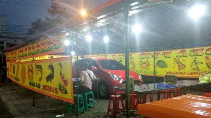 Pemilik Pecel Lele Kaget Ada Mobil di Tengah Warungnya Misteri Terkuak Pukul 10 Malam, Wanita Datang