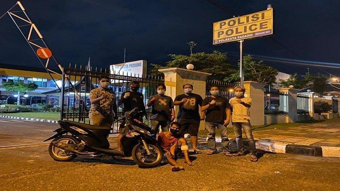 Oknum Nelayan Diduga Curi HP di Bengkel Kota Padang, Polisi Hadiahi Timah Panas di Kaki Pelaku