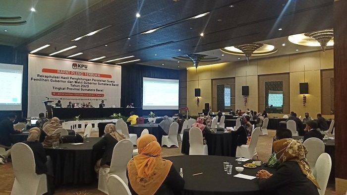 KPU Sumbar Gelar Rapat Pleno Terbuka Pilgub Sumbar 2020, Kini Rekapitulasi Kabupaten Kota Dibacakan
