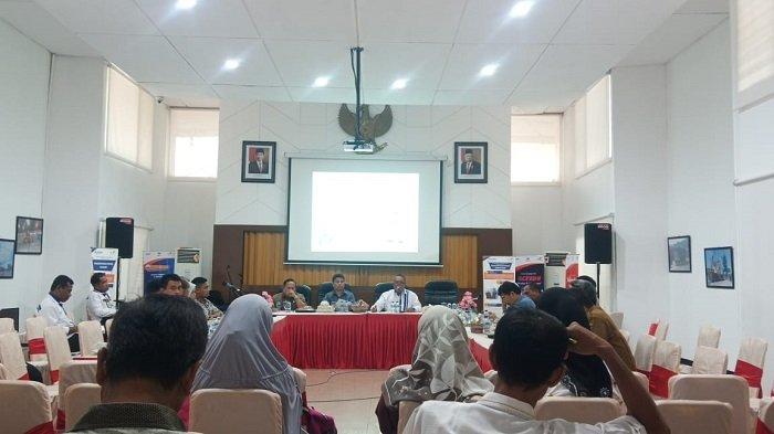 Komisi 2 DPRD Padang, Perwakilan Warga Teluk Bayur dan PT Pelindo Bahas Ganti Rugi