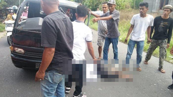 Dua Mobil Pikap Tabrakan di Tanah Datar Sumbar, Seorang Sopir Tewas, Satu LagiLuka-luka