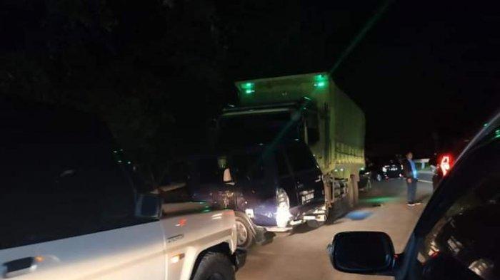 Sebanyak 6 kendaraan terlibat kecelakaan beruntun di Km 22 Kelok Banto Panorama II Kelurahan Indarung, Kecamatan Lubuk Kilangan, Kota Padang, Sumatera Barat, Selasa (1/6/2021) malam.