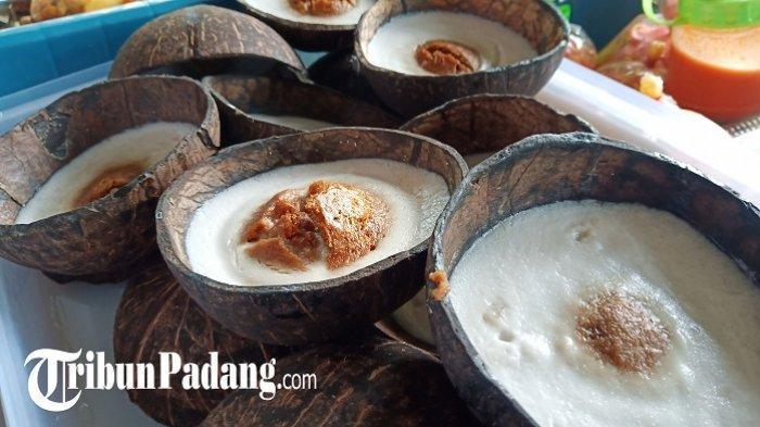 Kue Mangkuak Jajanan Khas Minang, Dimasak Pakai Tempurung, Ini Resep dan CaraMembuatnya