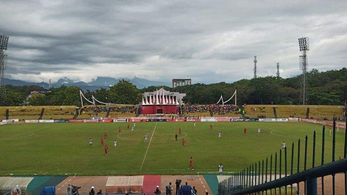 KABAR SEMEN PADANG FC - Arema FC, Bhayangkara FC dan Persija Jakarta Jadi Lawan Berikutnya